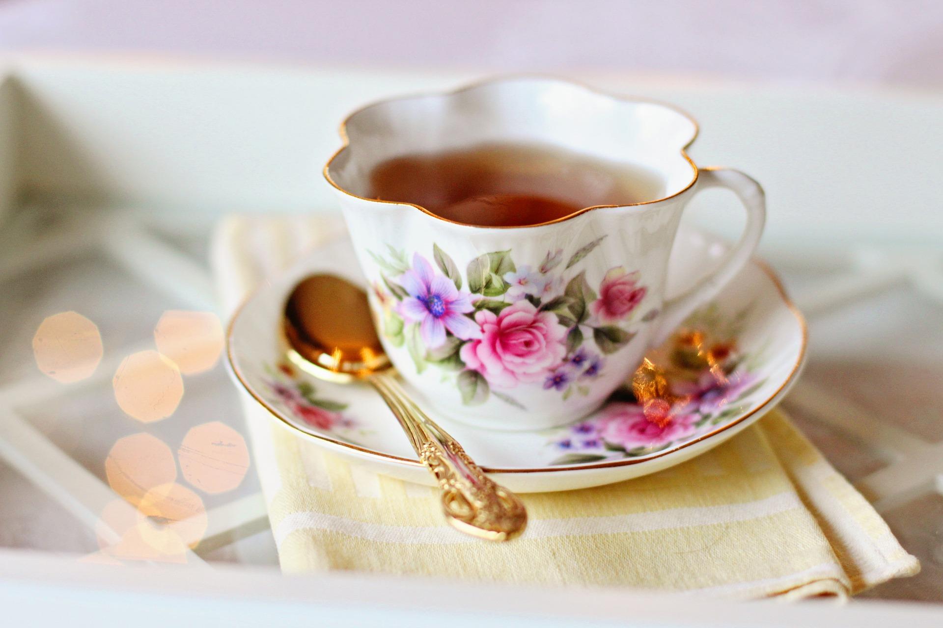 tea-cup-2107599_1920